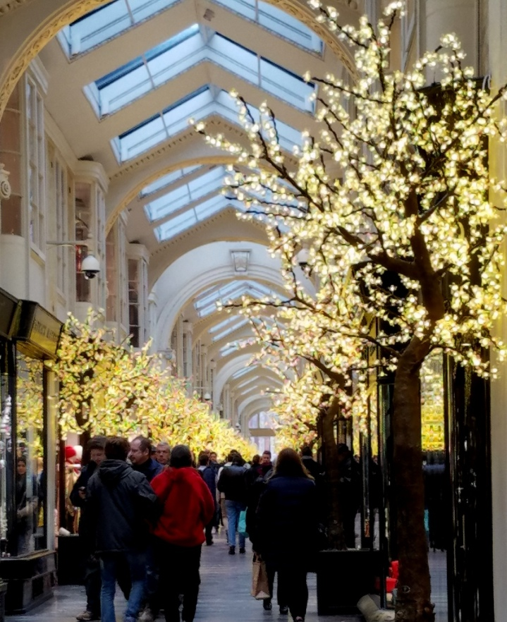 Berkley arcade, London Christmas 2017